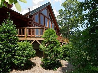 Spectacular Mtn Getaway, Paved Access/Gravel Drive, Pool Table, Magnific View