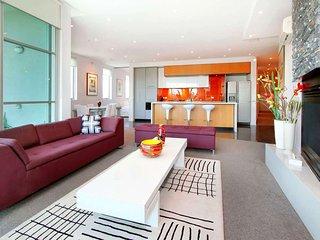 Penthouse St Kilda Style