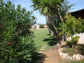 Alloggio EST all'interno di Villa Parco Fiorito a pochi passi dal mare
