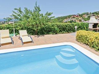3 bedroom Villa in Montbarbat, Catalonia, Spain - 5547740