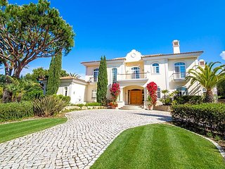 5 bedroom Villa in Quinta do Lago, Faro, Portugal : ref 5433159