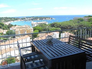 2 bedroom Apartment in Sant Feliu de Guíxols, Catalonia, Spain - 5250773