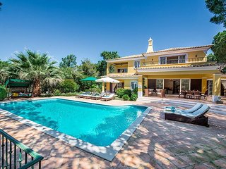 4 bedroom Villa in Quinta do Lago, Faro, Portugal : ref 5480398
