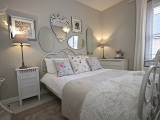 City of Norwich(UK) - You cannot be more central. Self catering and stylish home