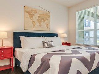Dormigo Luxury Two Bedroom on East 6th Street