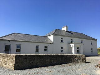 Sanderling Lodge,  Our Lady's Island, Carne, Wexford - 5 Bedrooms Sleeps 9/10