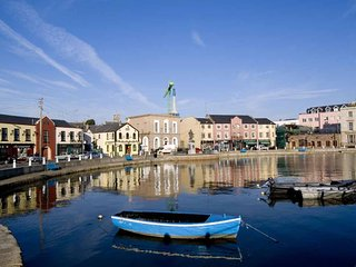 Clifford Terrace, Wexford Town, 3 Bedrooms Sleeps 6 - Wexford Town Self Catering