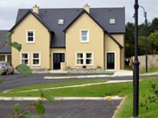 Ard Carrig,Kilmurray Road, Kenmare, Co.Kerry - 3 Bed - Sleeps 6