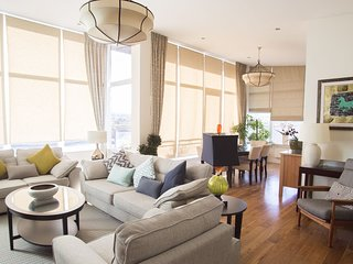 Ridge Hall Penthouse Apartment, 5 Minutes Drive From Dun Laoghaire & Just A 10 M