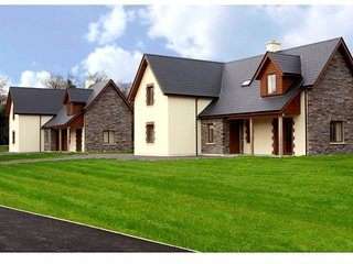Ardnagashel Woods Holiday Homes, Ardnagashel, Co.Cork - Type A - 4 Bed - Sleeps