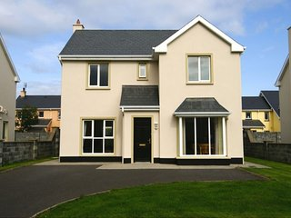 Doonbeg Holiday Homes, Doonbeg, Co.Clare - 3 Bed - Sleeps 5