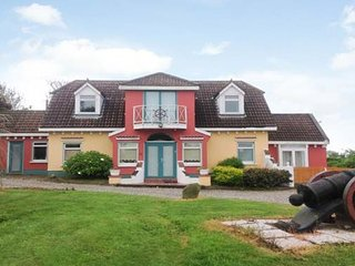 Serenity House, Carne, Co. Wexford - 4 Bed - Sleeps 10 - Carne Beach holiday hom
