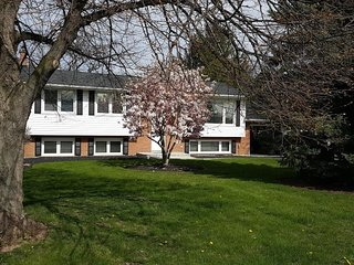 Northgate House - Meticulous 3 Bedroom 2.5 Bathrooms In Niagara on the Lake