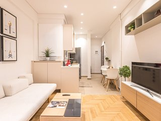 QuietFlat 4th flr HiEnd 1bdr | ΤopLocation
