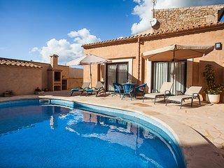 Pool House Marineta. Style Sunny 4 pax