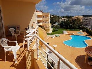 Acacias Apartment B2F. 2 bedrooms, full A/C, sea views and walk to the  beach !