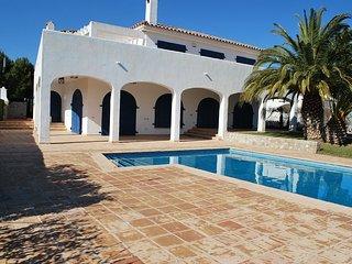 Villa espectacular en Calafat a 50 metros del mar para 11 personas