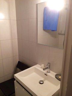 La salle de douche/WC....
