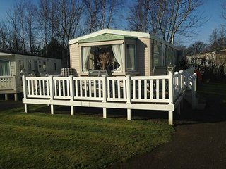 Seton Sands Luxury Caravan (8 berth)
