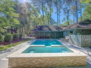 Charming Sea Pines Home, Private Pool, Free Bikes