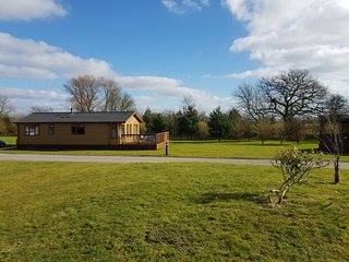 North Yorkshire Lodges Kingfisher Lodge with private hot tub