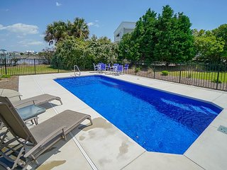 ** ALL-INCLUSIVE RATES ** Mimmy's Place - Inlet Front w/ Dock & New Pool!
