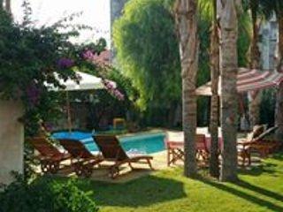 Le Stanze del Monsignore - Depandance in giardino con piscina