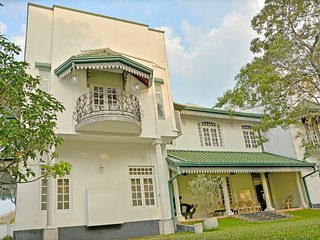 Luxury House near international airport Katunayaka Sri lanka