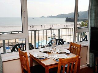Sea Front Apartment - Spectacular Coastal Views