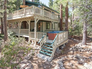 Forest Retreat Rental Cabin - Hot Tub, Dog Friendly