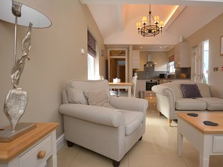 59555 Apartment situated in Aberystwyth