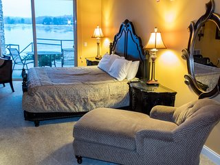 Wisconsin Dells Getaways #406 - Moroccan Themed Studio Suite for 2