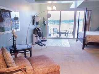 Wisconsin Dells Getaways #409 - Spa Themed Studio Suite for 2