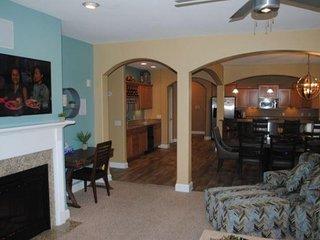 Wisconsin Dells Getaways #312 - Three Bedroom Two Bath Lakefront Condo Sleeps 10