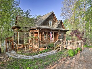 NEW! Lake Hartwell Cabin w/Porch, Deck & Boat Dock