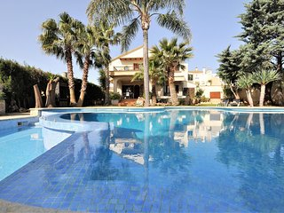 Villa 'Can Gual' in INCA. 8 people+2children. Private Pool. BBQ -00065- - Free W