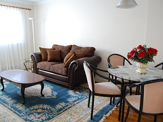 LACHINE WATERFRONT FULLY FURNISHED 2-BEDROOM APARTMENT