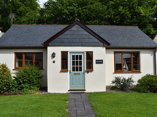 RIVERSIDE, open-plan, near Camelford, all ground floor, Ref 981211