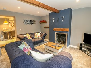 ROTCHER COTTAGE, centre of Holmfirth, exposed beams, contemporary interior, Ref