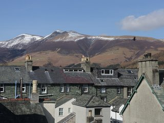 HELVELLYN, modern and spacious, central location, in Keswick, ref:972293
