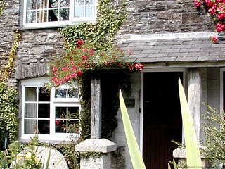 MILLER'S - Romantic One-Bedroom Real Cornish Cottage: Sleeps 2+1