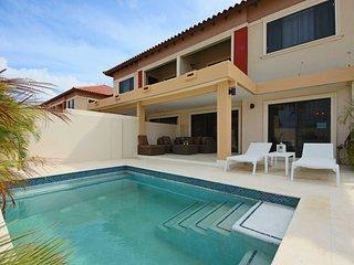 GOLD COAST ARUBA - Luxury Regency Two-bedroom condo - GC126B - MALMOK BEACH