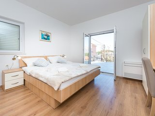 Apartments Rilovic - Superior One Bedroom Apartment with Terrace and City View