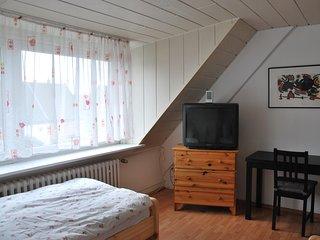 Möbliertes 2-Zimmer Appartement mit 4-Einzelbetten, zentrale Lage in Düsseldorf