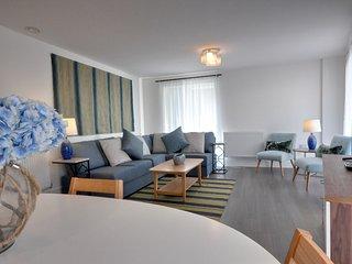 Apartment 523676