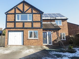 11 MIN Y DON, perfect for families, spacious interior, pet friendly, in Abergele