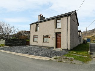 BRYN ALUN, character features, open fire, enclosed garden, walks from the door