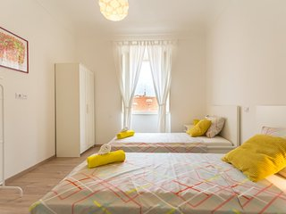 My Sunshine | New Airy Modern 2Br/2Bth Old Town - near Stradun and Green Market