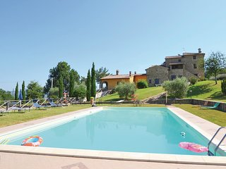 4 bedroom Apartment in Mandrello-Palazzone, Umbria, Italy : ref 5540542