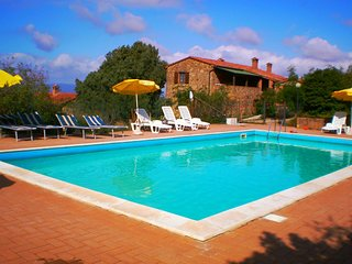 1 bedroom Apartment in Paciano, Umbria, Italy : ref 5584081